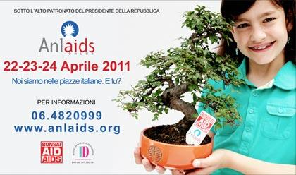 Un piccolo, grande albero di solidarietà, il bonsai Anlaids 2011 aiuta lotta contro l'AIDS